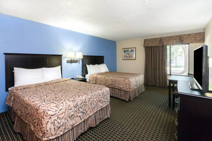 Guest room at the Days Inn Norman in Norman, Oklahoma