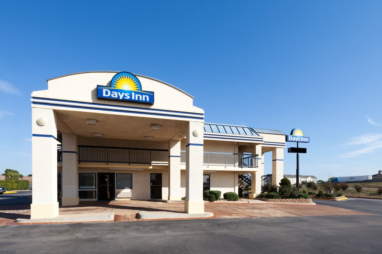 Days Inn Oklahoma City West in El Reno, Oklahoma