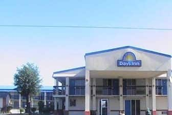 Exterior Of Days Inn Okmulgee Hotel In Oklahoma