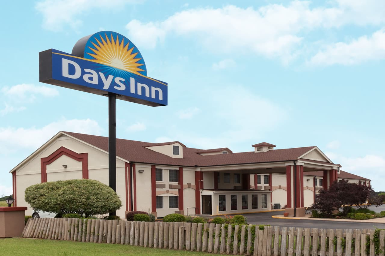 Days Inn Shawnee in  Shawnee,  Oklahoma