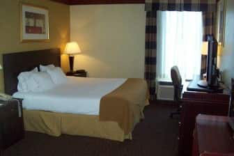 Guest Room At The Days Inn Suites Tahlequah In Oklahoma