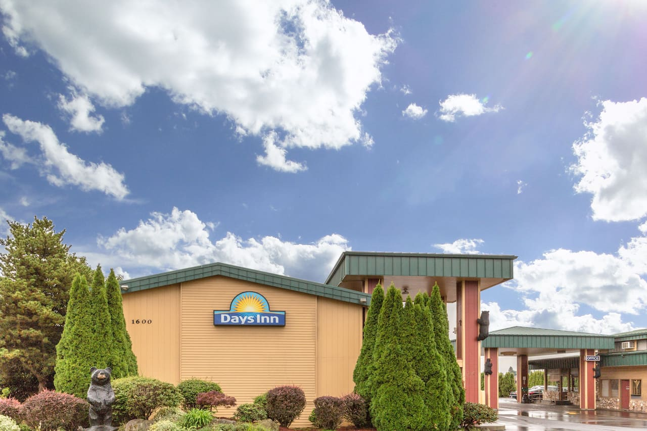 Days Inn Black Bear in McMinnville, Oregon