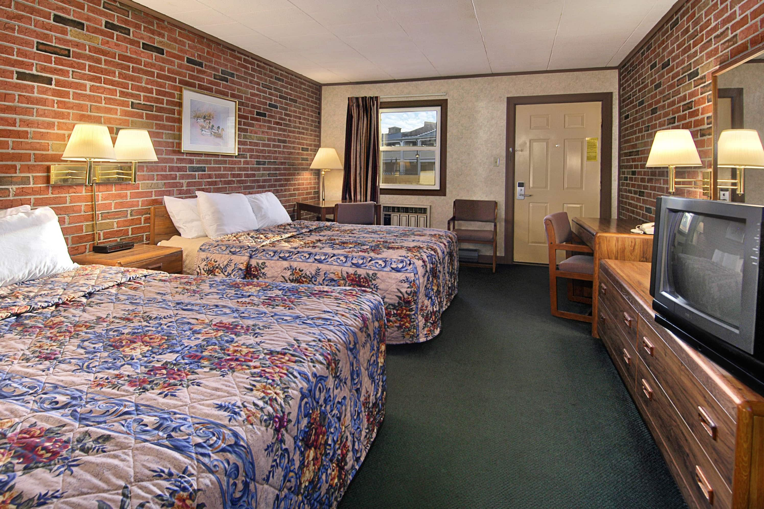 Guest room at the Days Inn Lewisburg in Lewisburg, Pennsylvania
