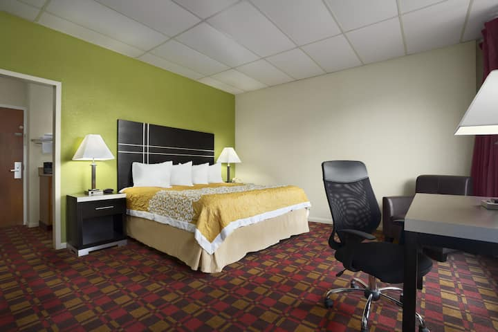 Guest room at the Days Inn Oil City Conference Center in Oil City, Pennsylvania
