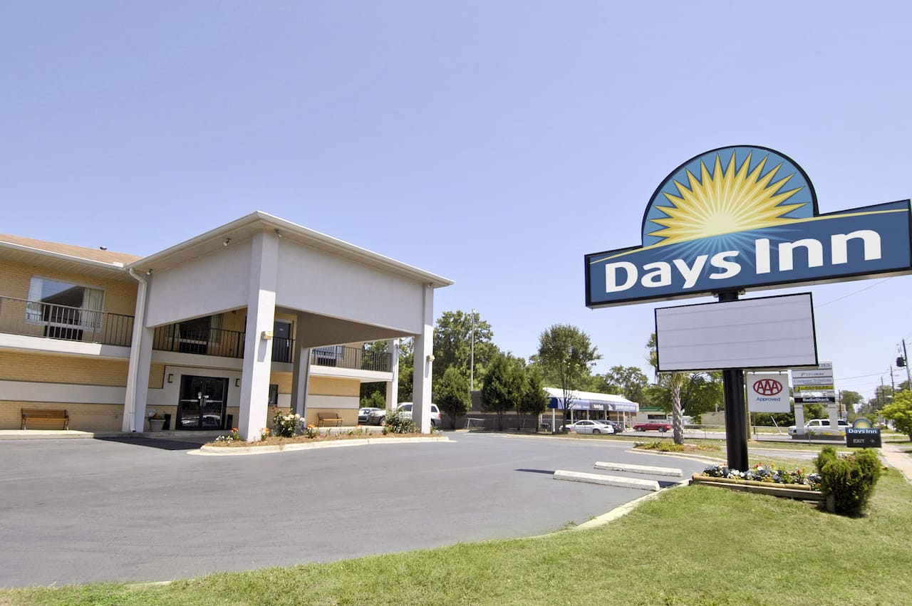 Days Inn Cheraw in Rockingham, North Carolina