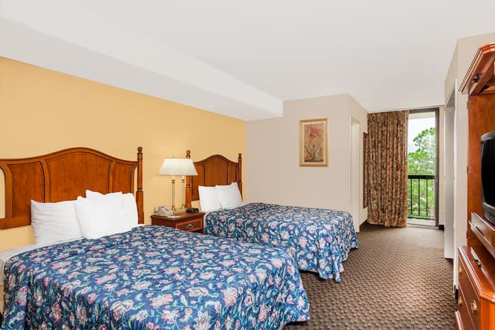 Guest room at the Days Inn & Suites SE Columbia Ft Jackson in Columbia, South Carolina
