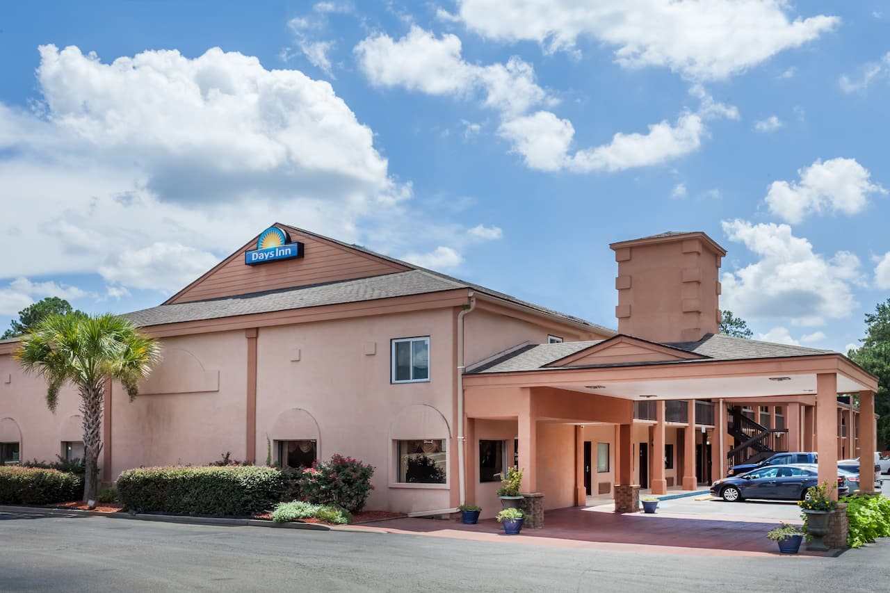 Days Inn Columbia in West Columbia, South Carolina