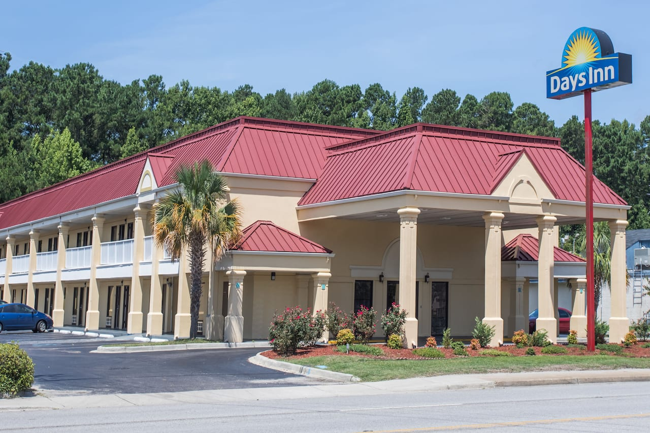 Days Inn Dillon in Lumberton, North Carolina