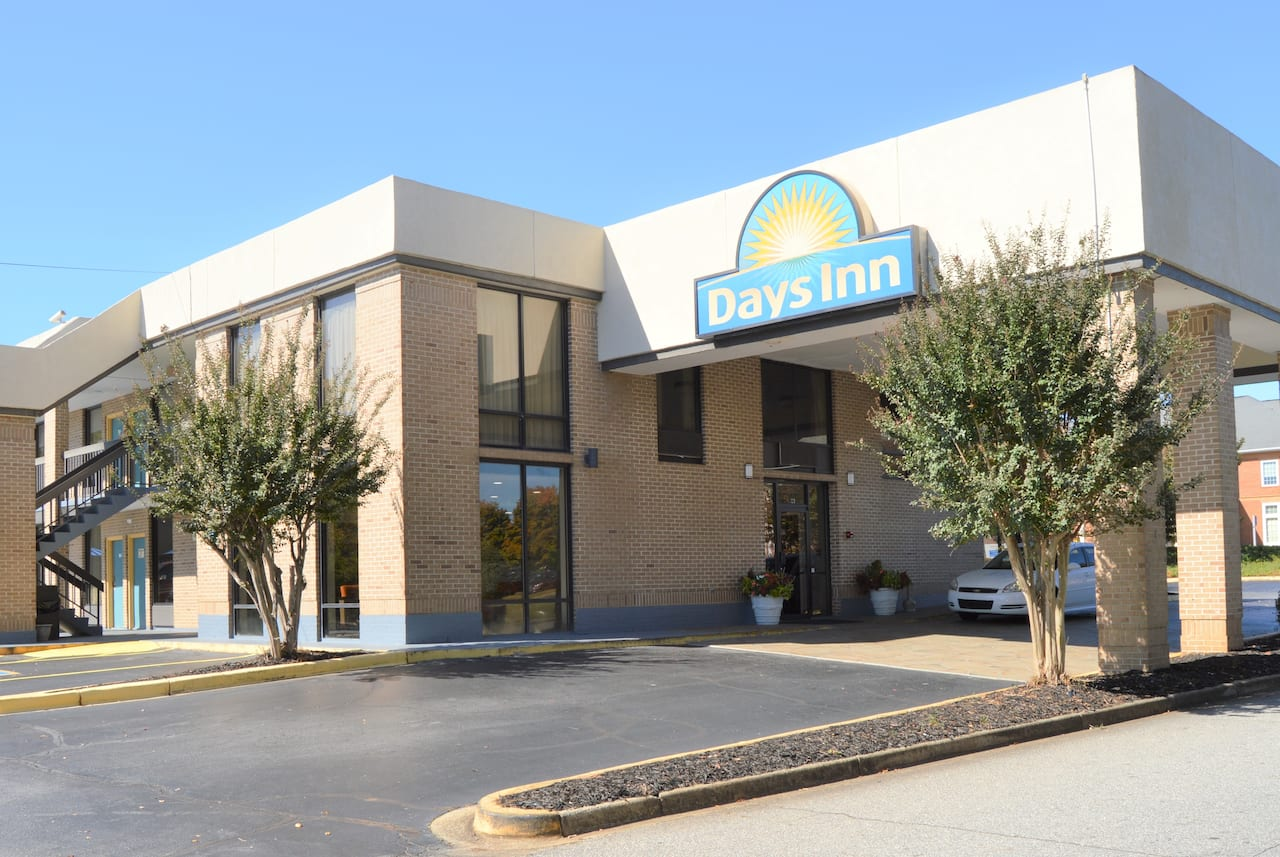 Days Inn Easley West Of Greenville/Clemson Area in Greenville, South Carolina