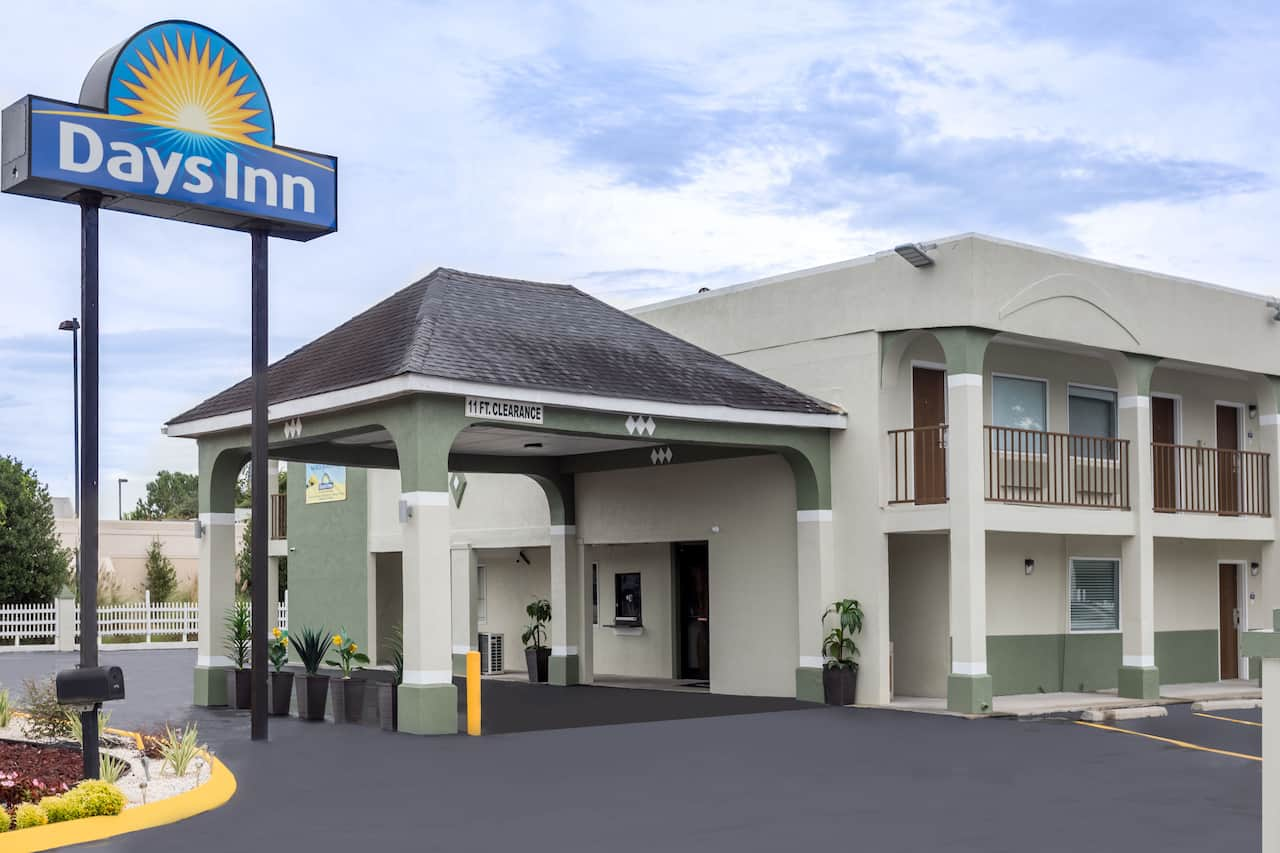 Days Inn Goose Creek in  Mount Pleasant,  South Carolina