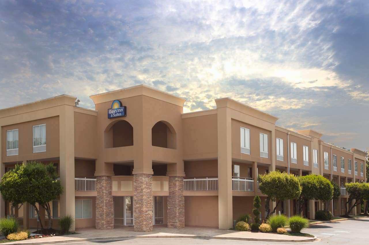 Days Inn Greenville in  Simpsonville,  South Carolina