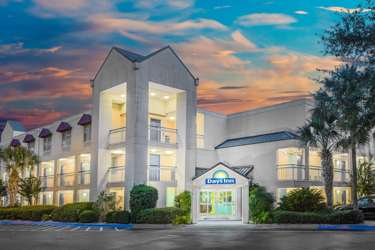 Days Inn Hilton Head in Beaufort, South Carolina