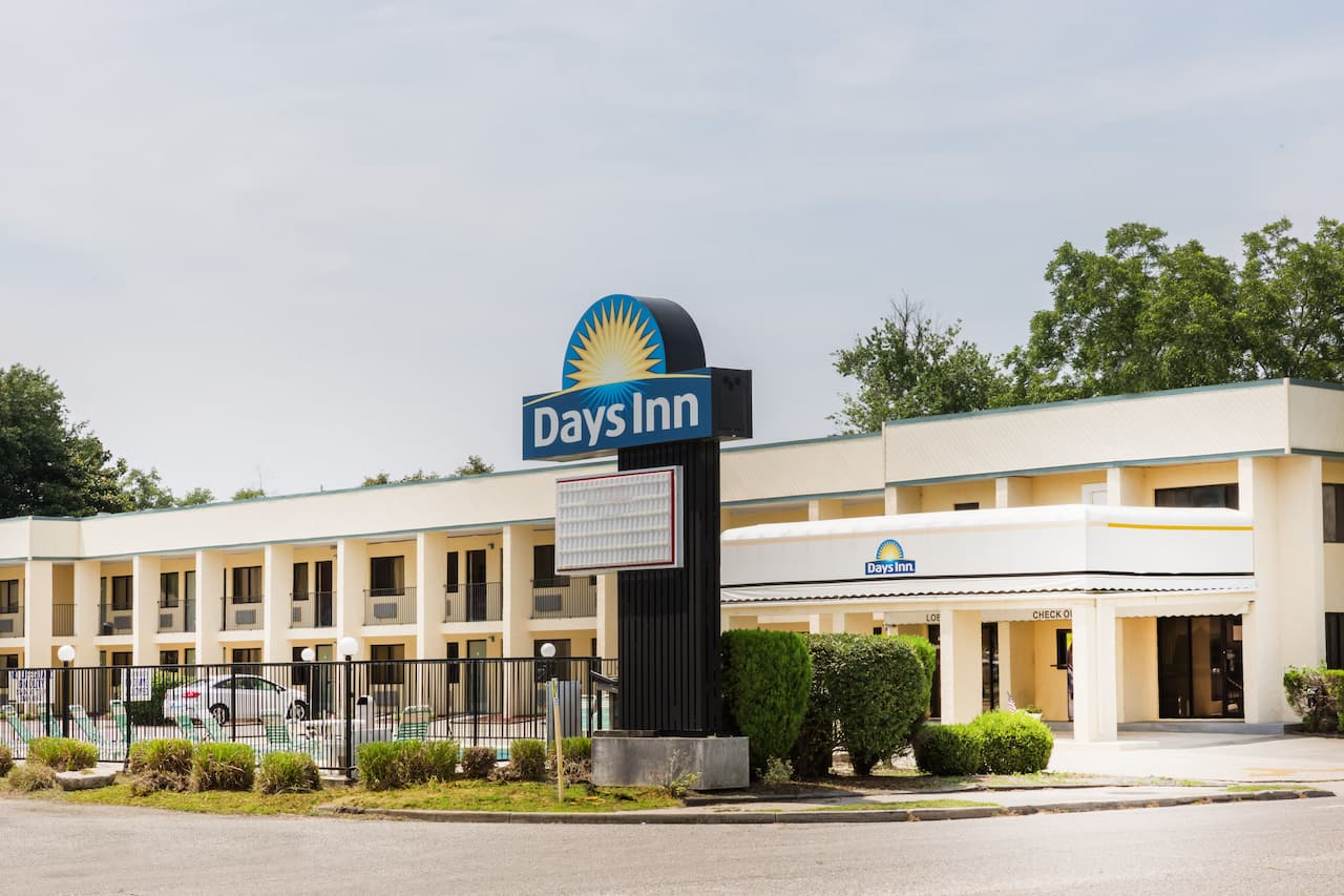 Days Inn Little River in Myrtle Beach, South Carolina