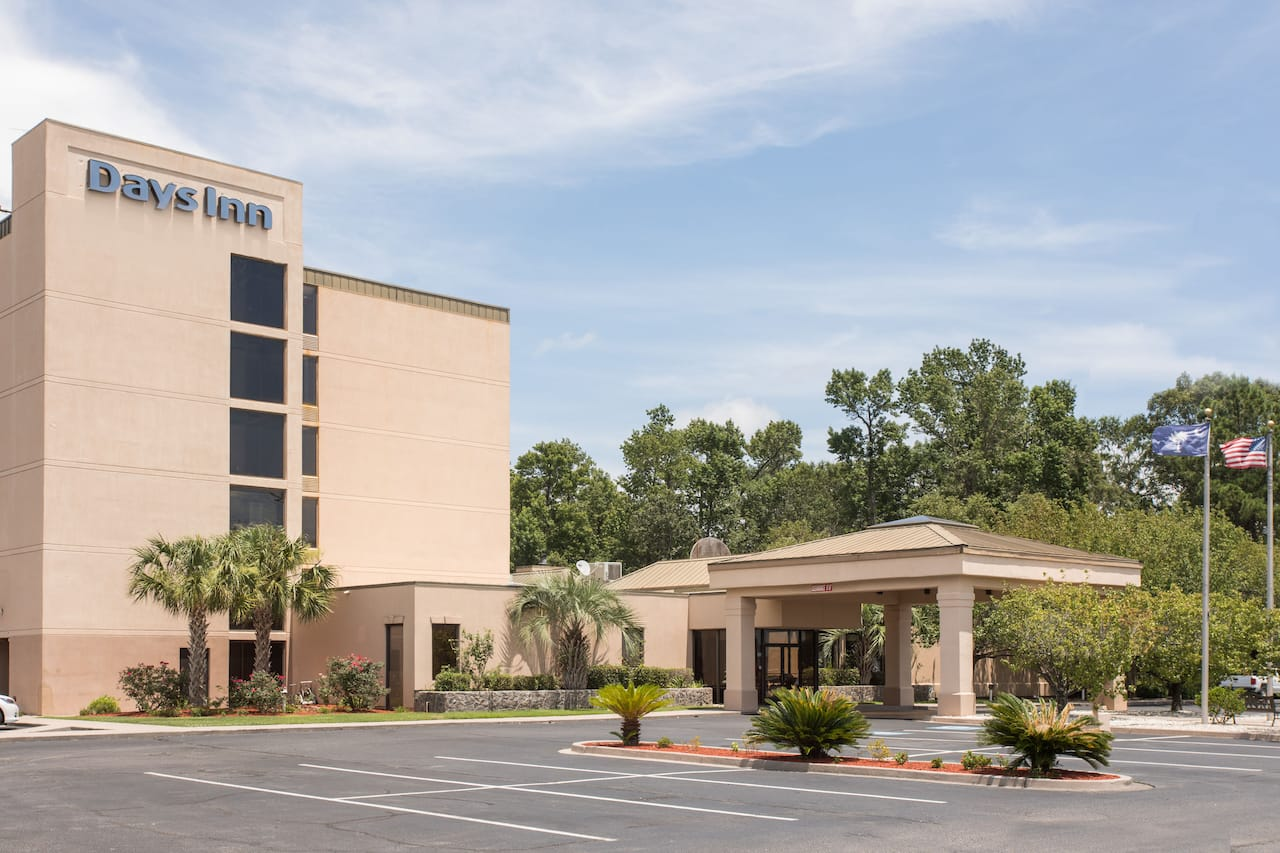 Days Inn Myrtle Beach in Little River, South Carolina