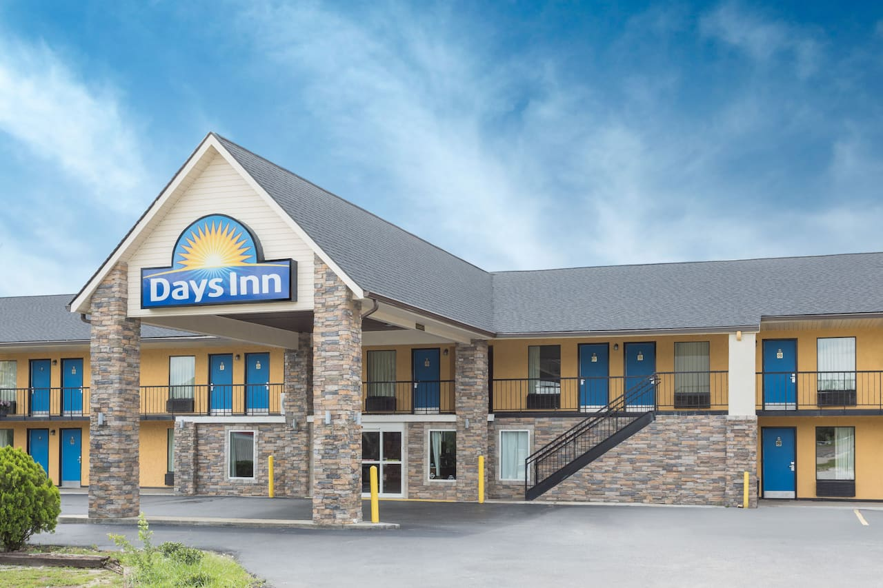 Days Inn Newberry in  Clinton,  South Carolina