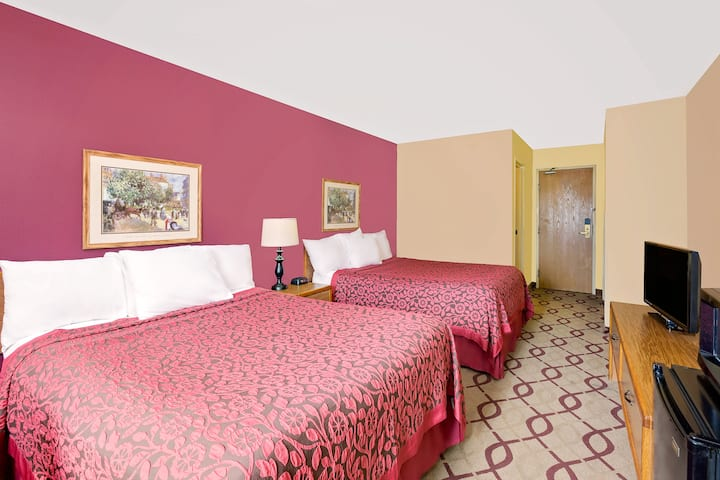 Guest room at the Days Inn North Sioux City in North Sioux City, South Dakota