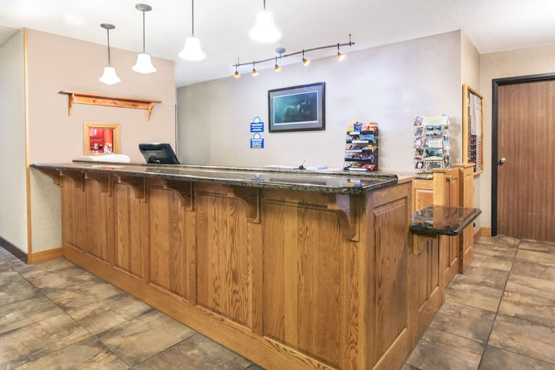 Days Inn Spearfish Hotel Lobby In South Dakota