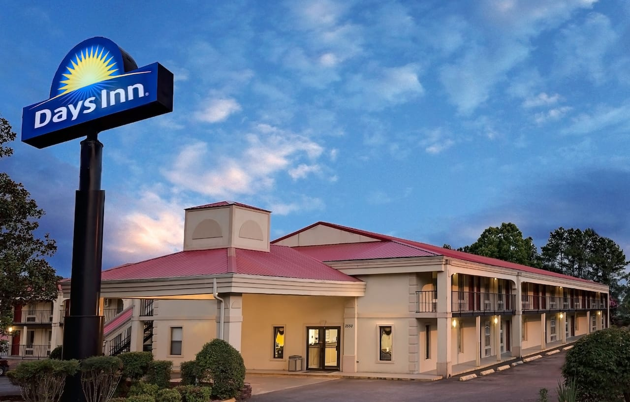 Days Inn Cleveland TN in Athens, Tennessee