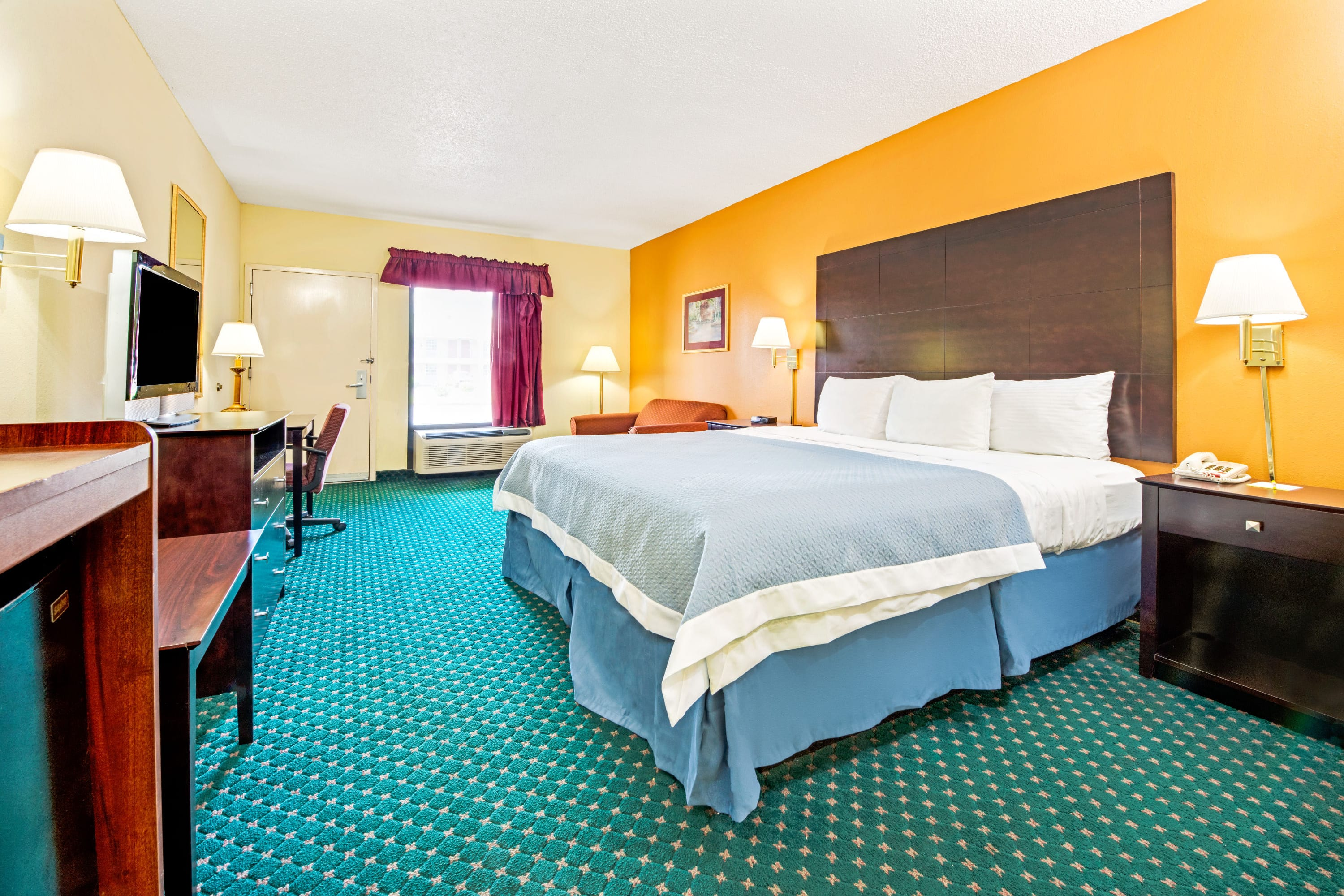 Guest room at the Days Inn Covington in Covington, Tennessee