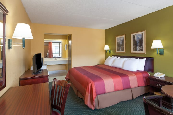Guest room at the Days Inn Nashville Saint Thomas West Hospital in Nashville, Tennessee