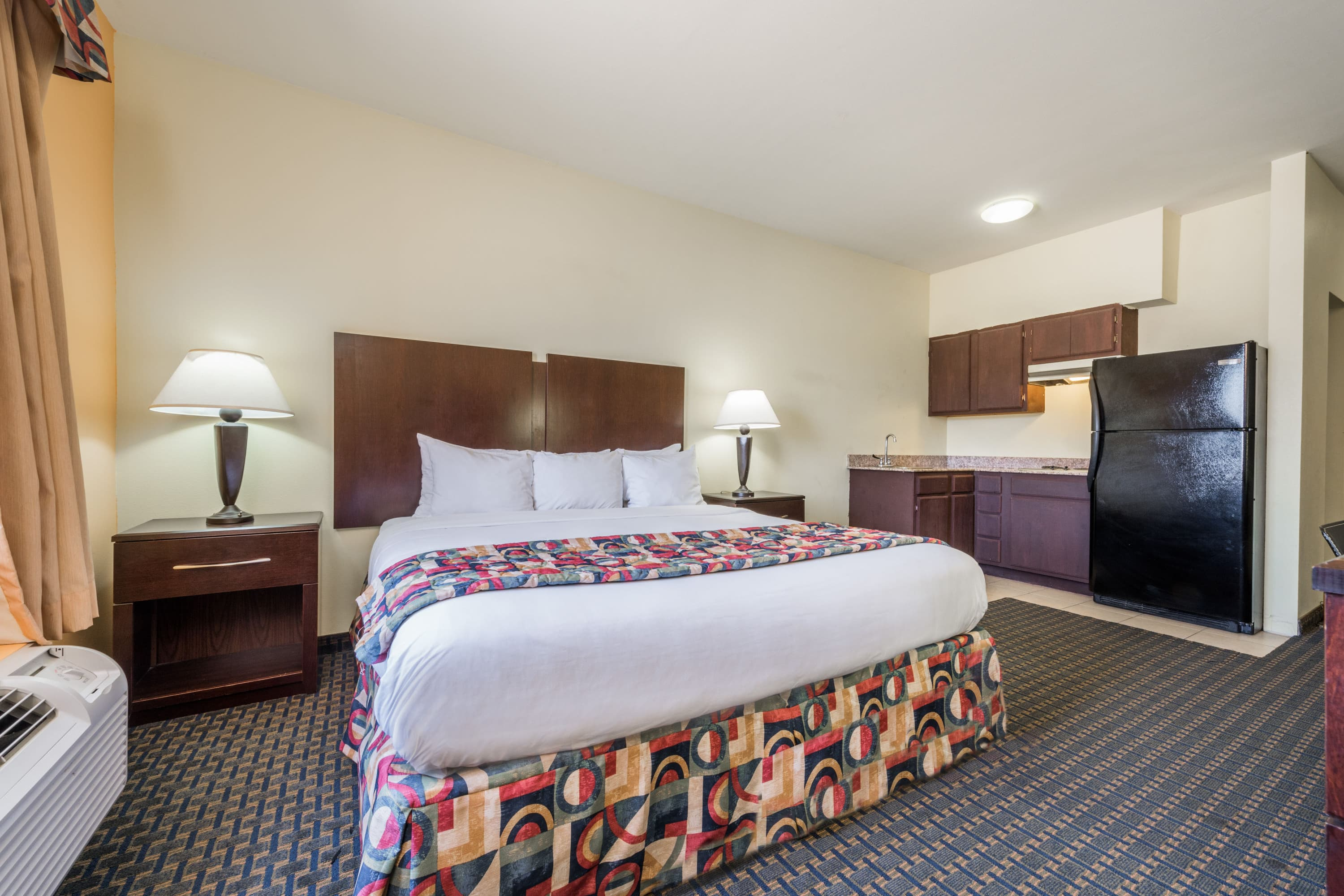 Days Inn & Suites Cleburne TX suite in Cleburne, Texas