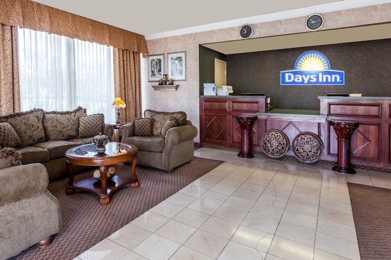 Days Inn By Wyndham Hillsboro Tx Hotel Lobby In Texas