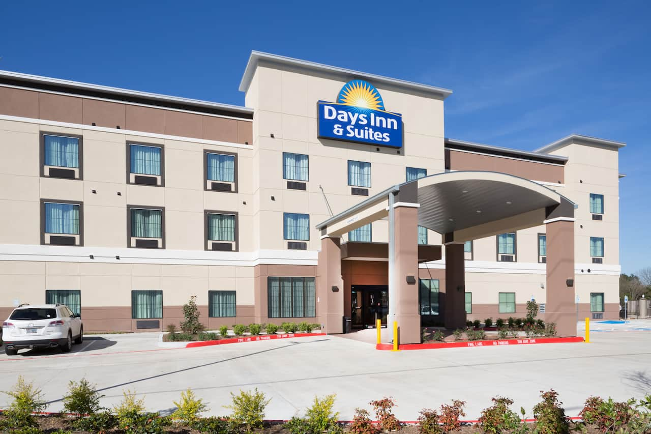 Days Inn & Suites Houston NW Cypress in  Brookshire,  Texas