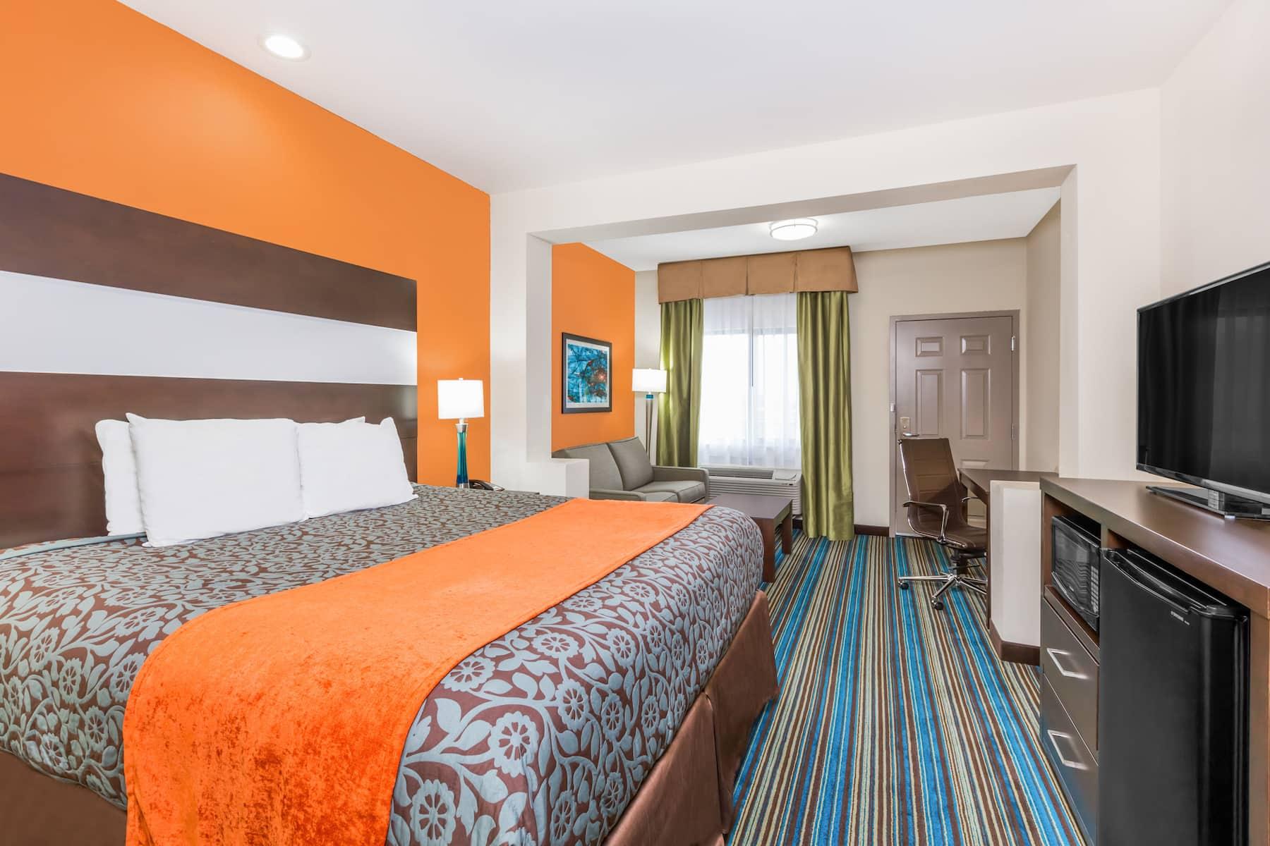 Days Inn Amp Suites By Wyndham Katy Katy Tx Hotels