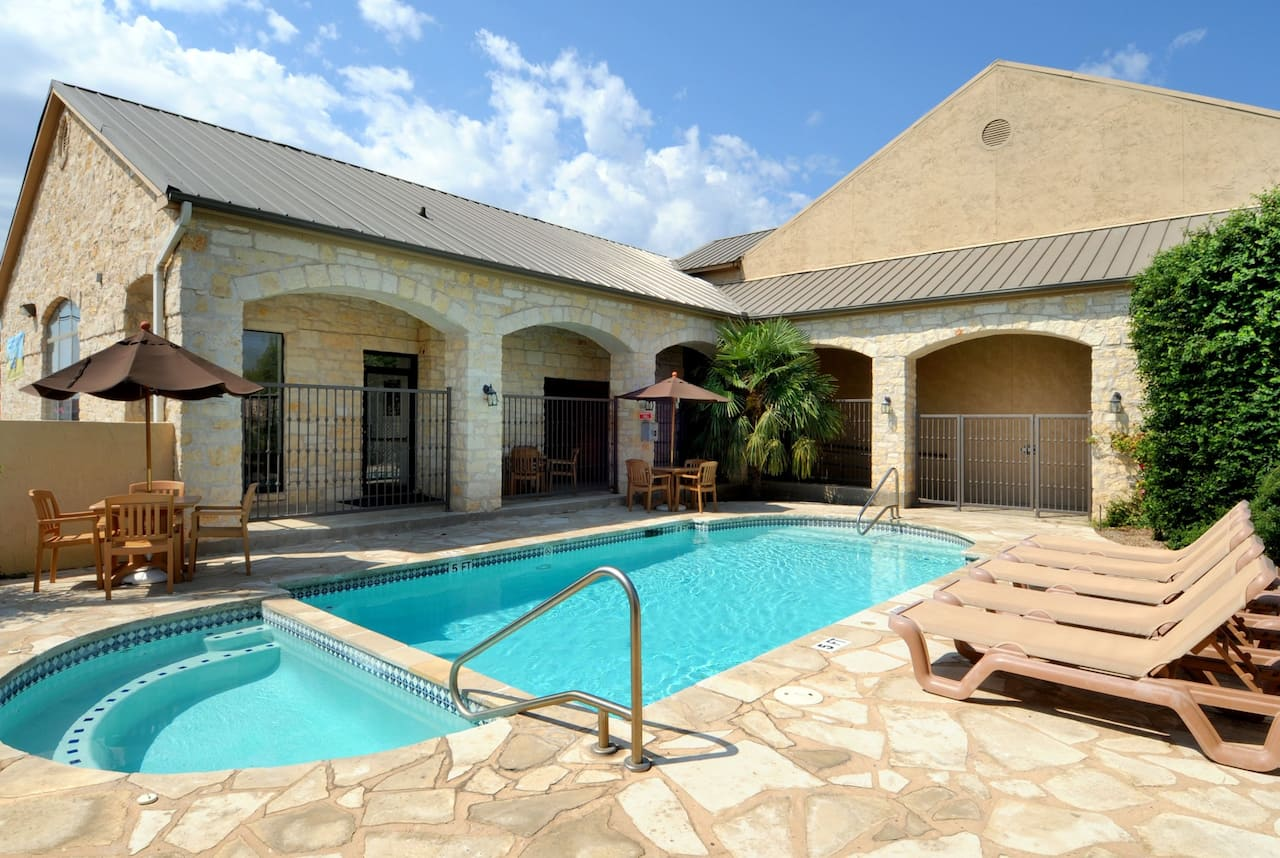 at the Days Inn & Suites Llano in Llano, Texas