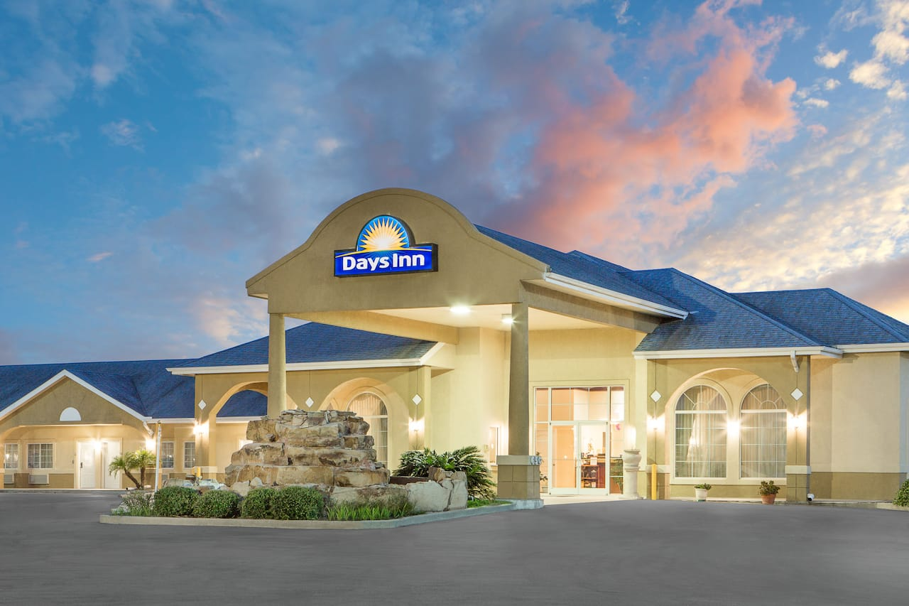 Days Inn Robstown in Alice, Texas