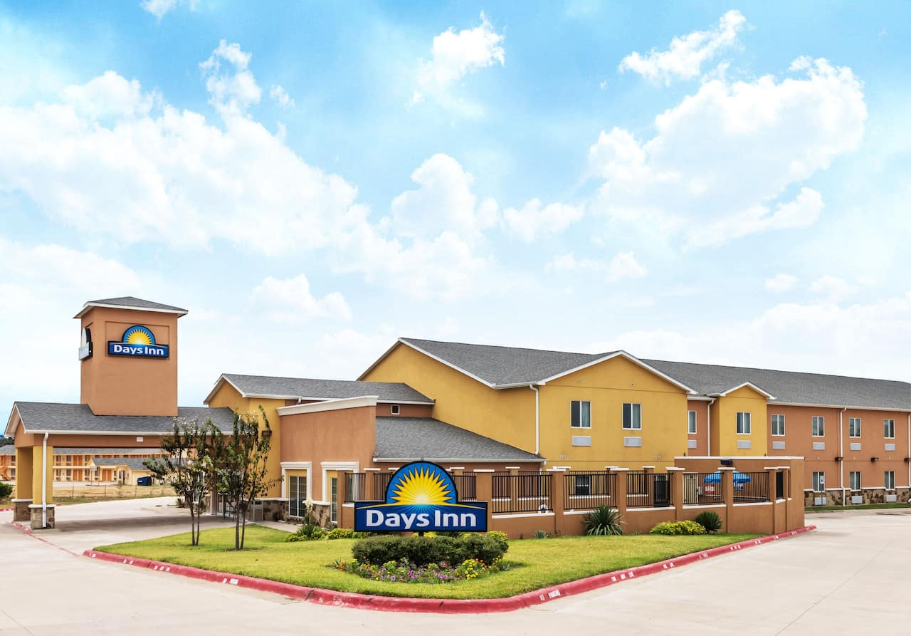 at the Days Inn Rockdale Texas in Rockdale, Texas