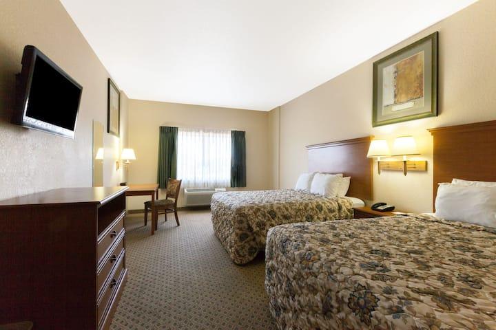 Guest room at the Days Inn San Antonio at Palo Alto in San Antonio, Texas
