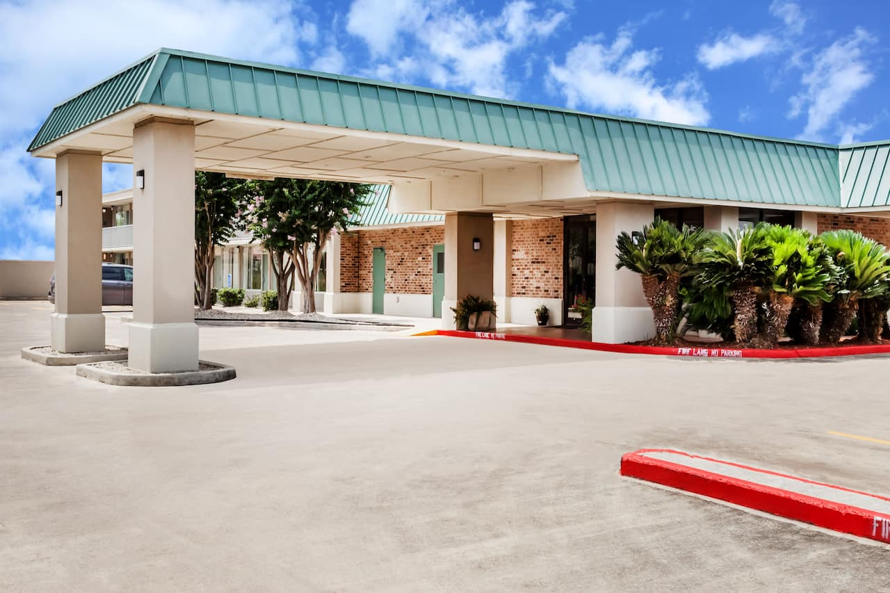 Days Inn Seguin TX in New Braunfels, Texas