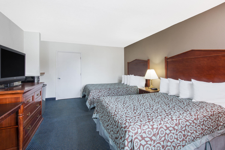 Guest room at the Days Inn Arlington Pentagon in Arlington, Virginia