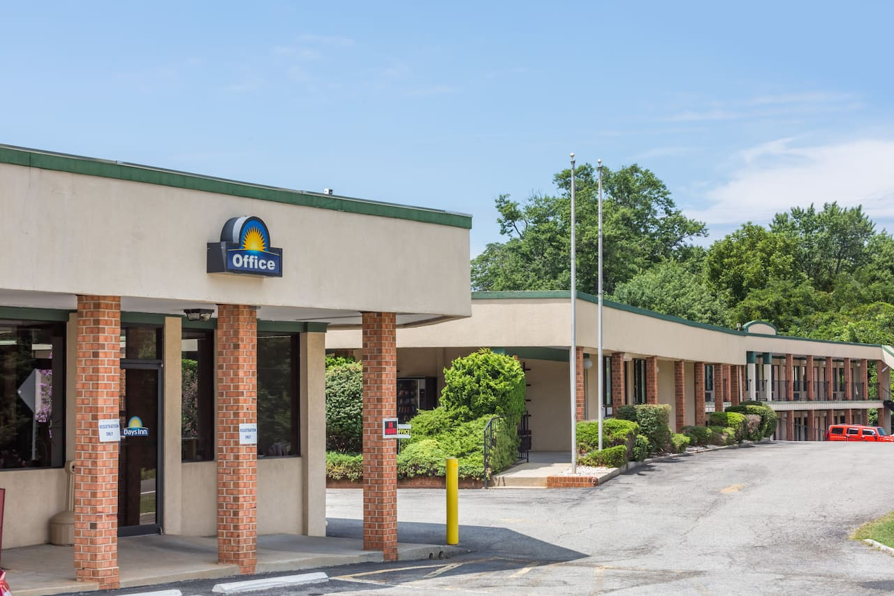 Days Inn Bedford in Altavista, Virginia