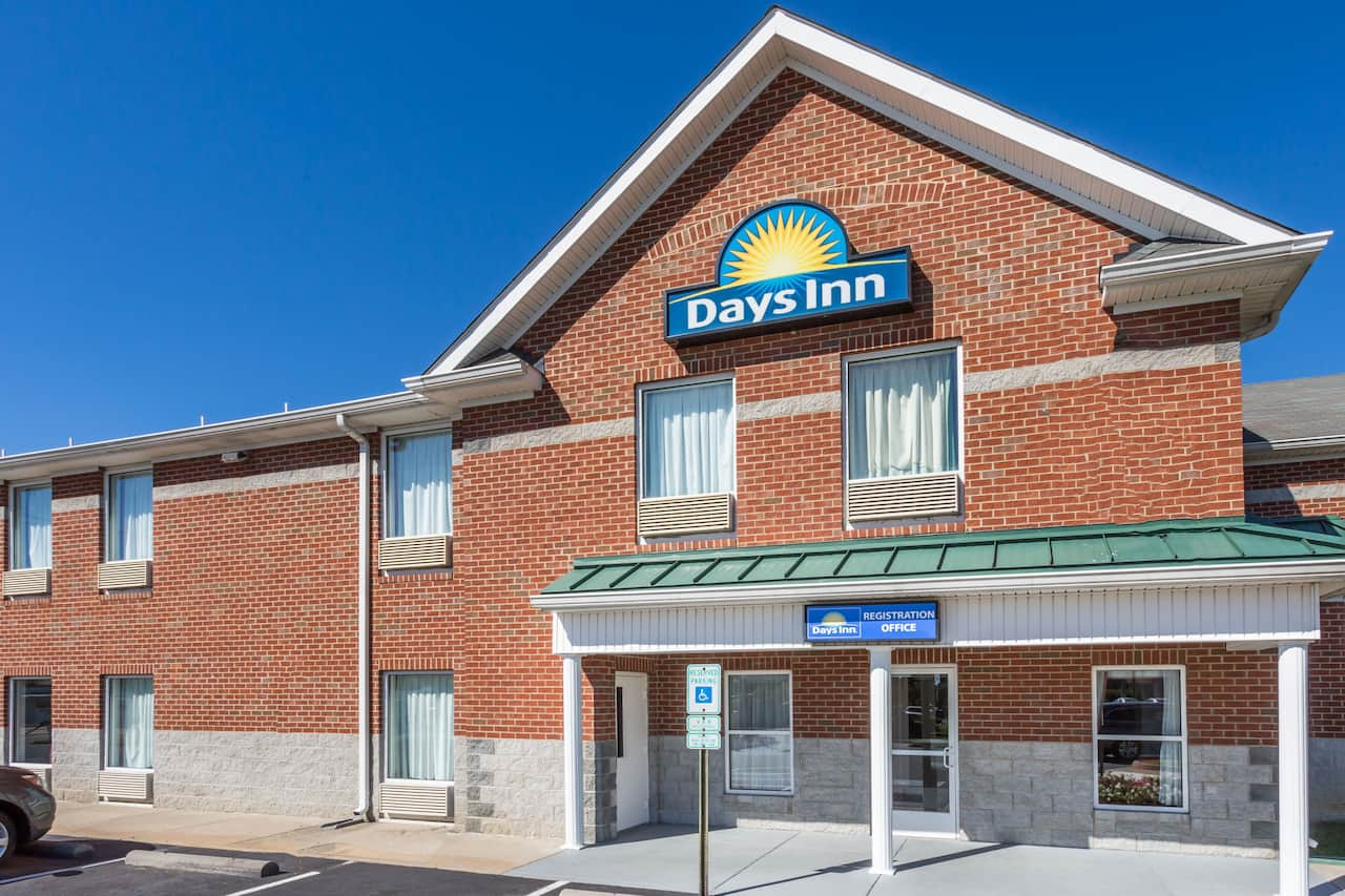 Days Inn Glen Allen in  Richmond,  Virginia