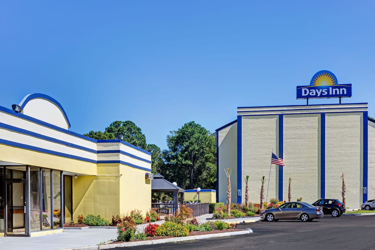 Days Inn by Wyndham Norfolk Military Circle à Virginia Beach, Virginie