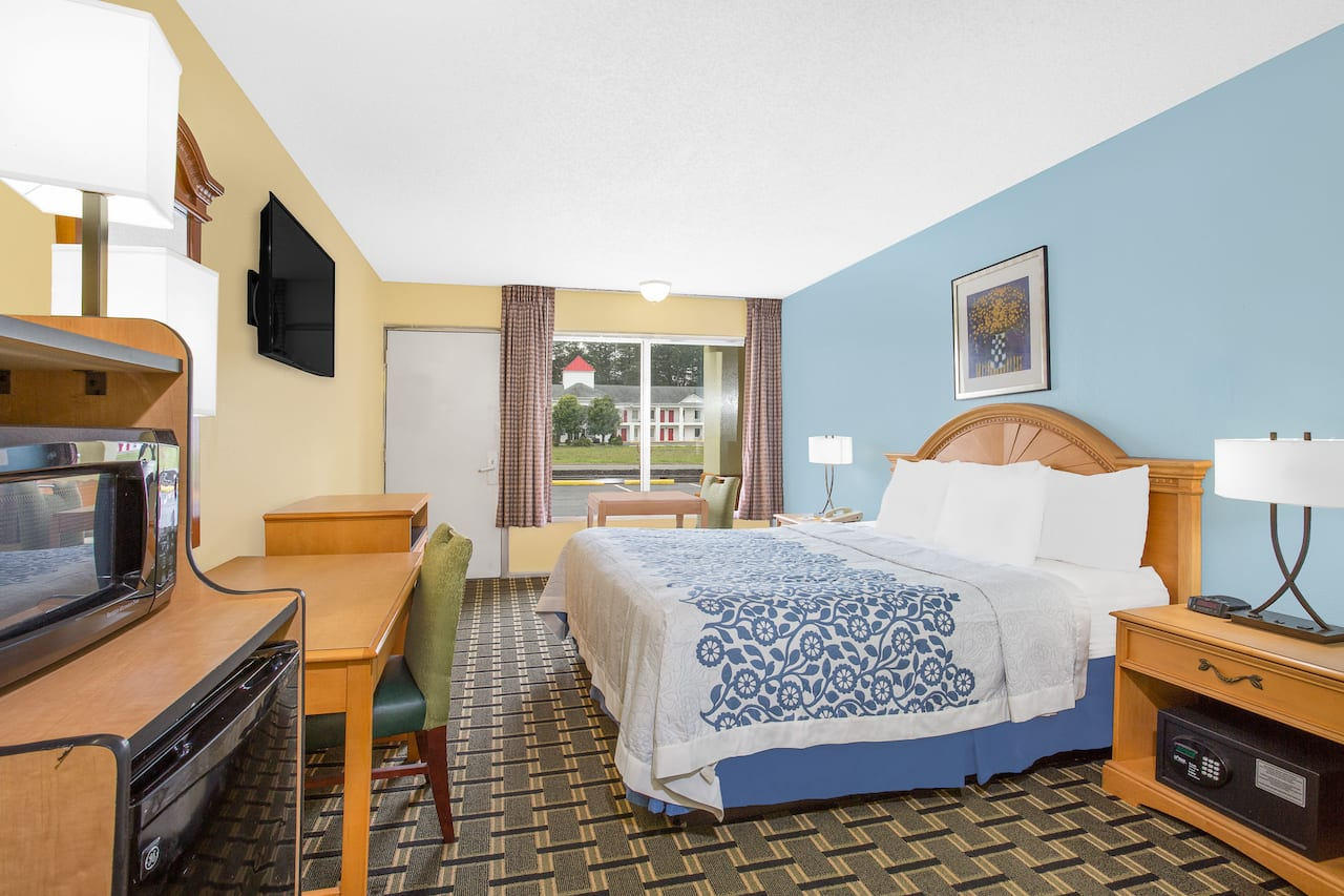 at the Days Inn Ruther Glen Kings Dominion Area in Ruther Glen, Virginia