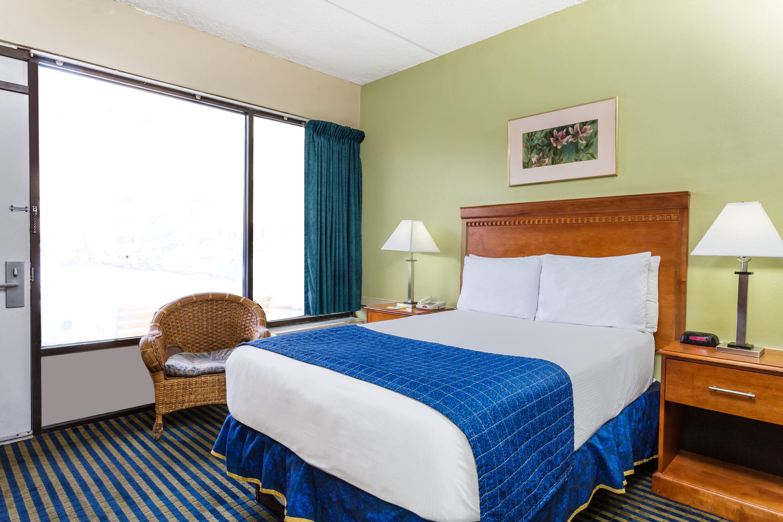 serta delphina plush california king size mattress set