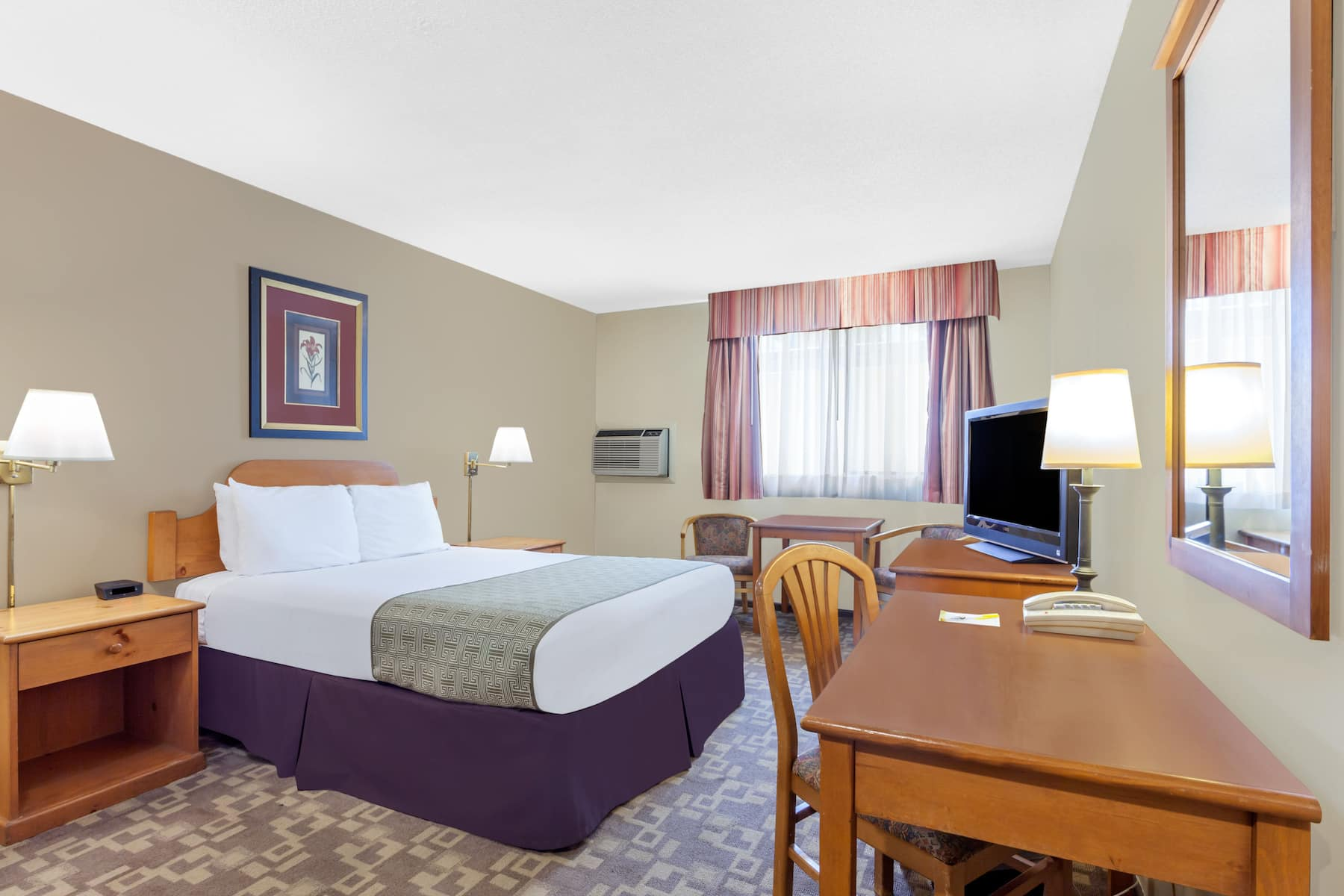 Days Inn By Wyndham Bellingham Bellingham Wa Hotels