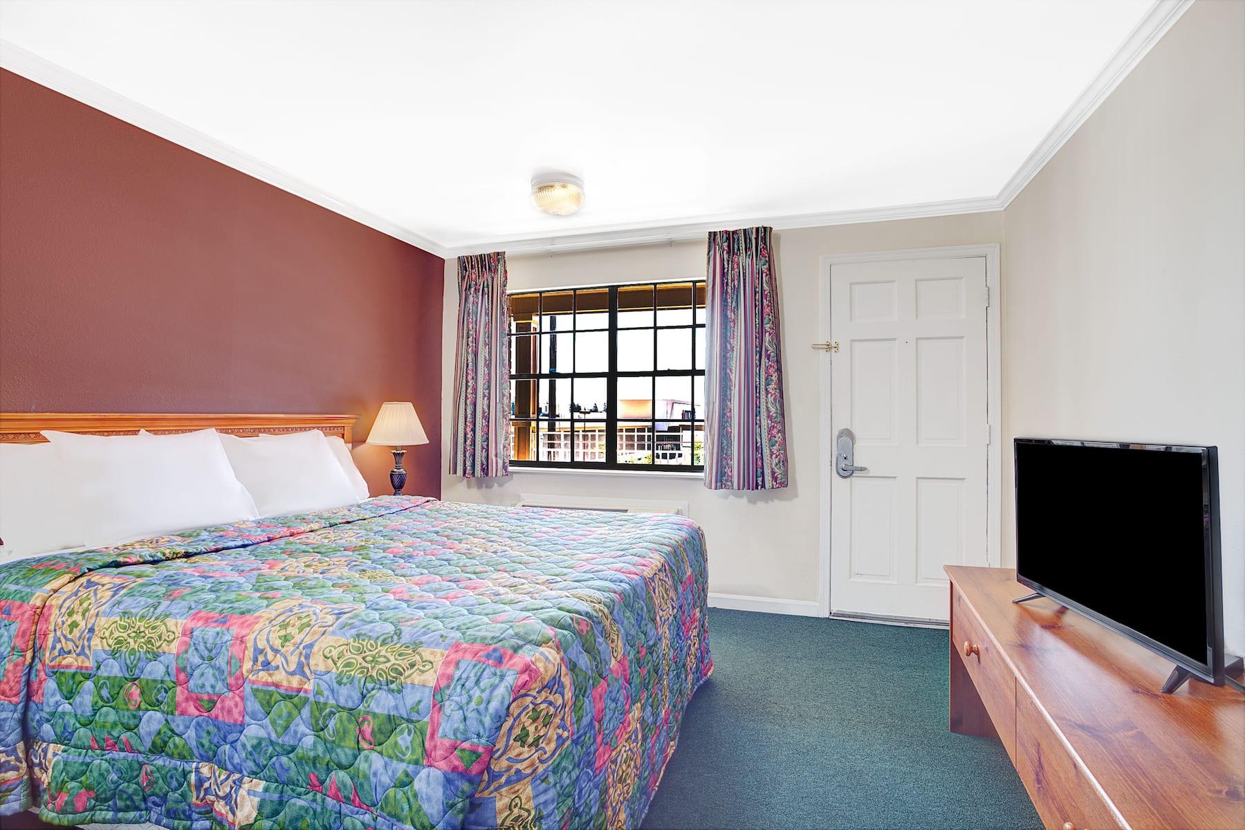 Days Inn By Wyndham Everett Everett Wa Hotels