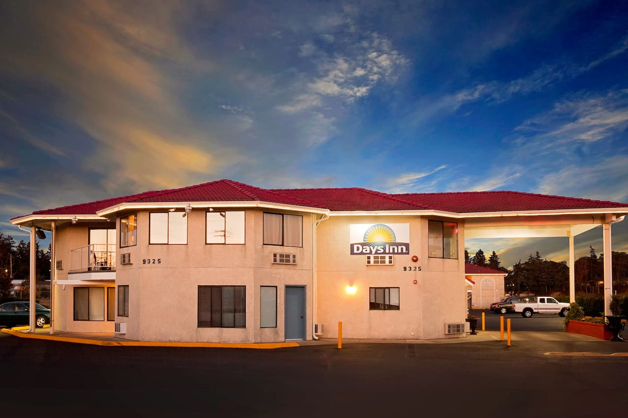 Days Inn Lakewood South Tacoma in Kent, Washington