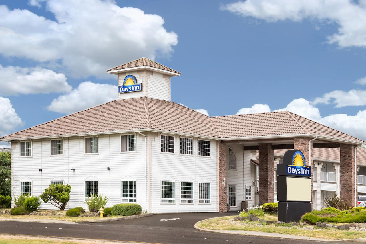 Days Inn - Ocean Shores in Aberdeen, Washington