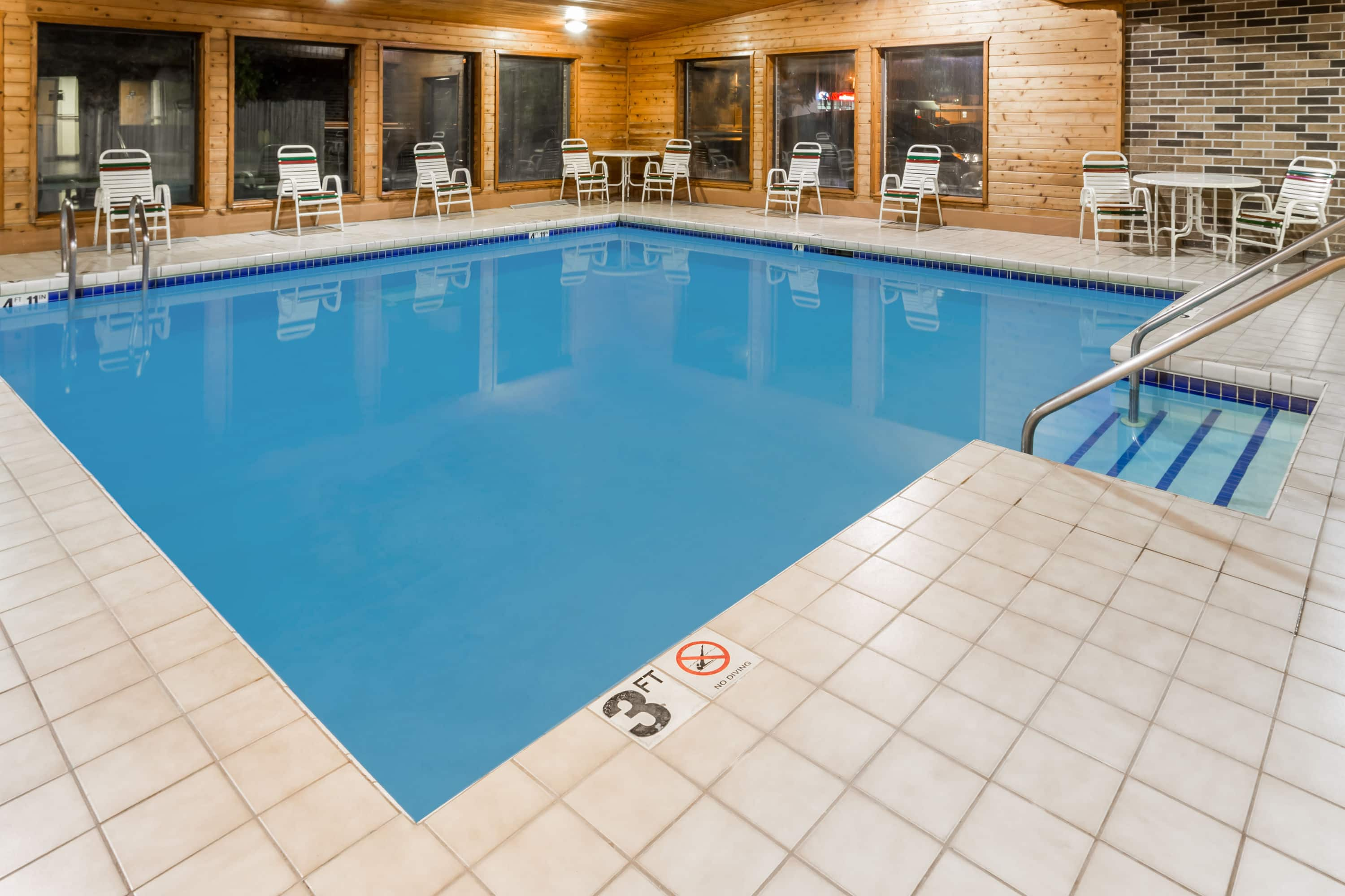 Excellent Pool At The Days Inn Stoughton Wi In Wisconsin With Hotels Near Ma