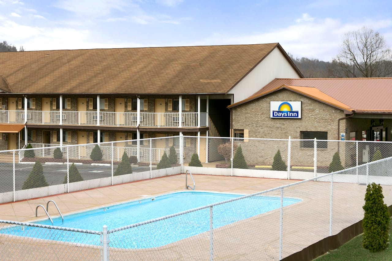 Days Inn Huntington in Catlettsburg, Kentucky