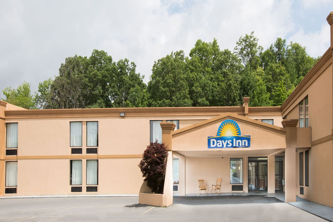 Days Inn Mount Hope in Beckley, West Virginia