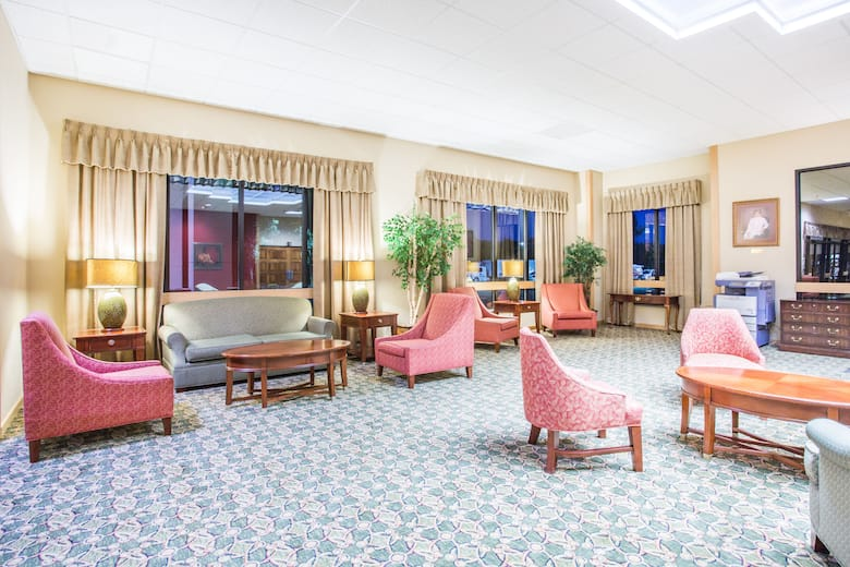 Days Inn Suites By Wyndham Sutton Flatwoods Hotel Lobby In West Virginia