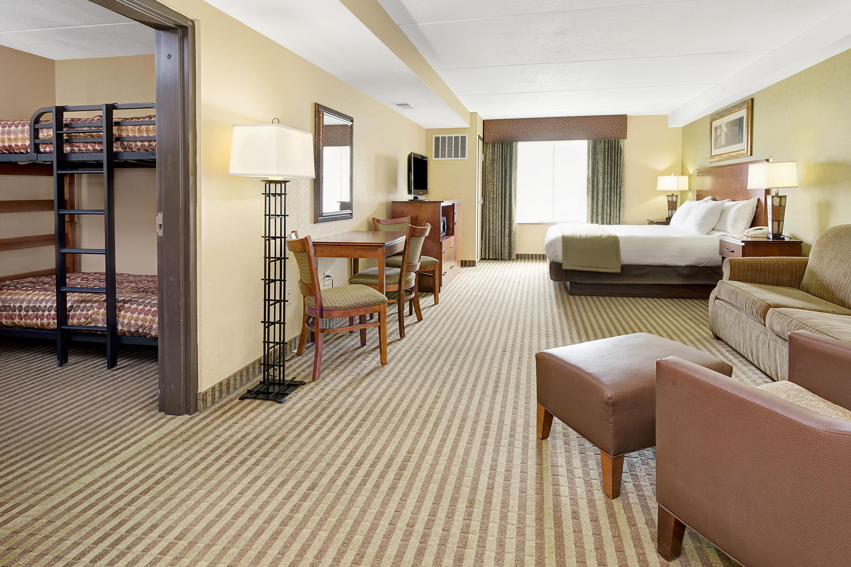 Guest room at the Days Inn Cheyenne in Cheyenne, Wyoming