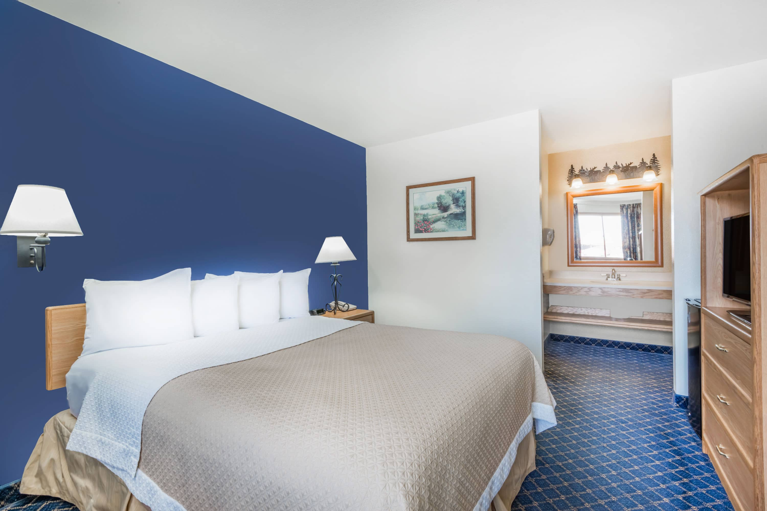 Guest room at the Days Inn Worland in Worland, Wyoming