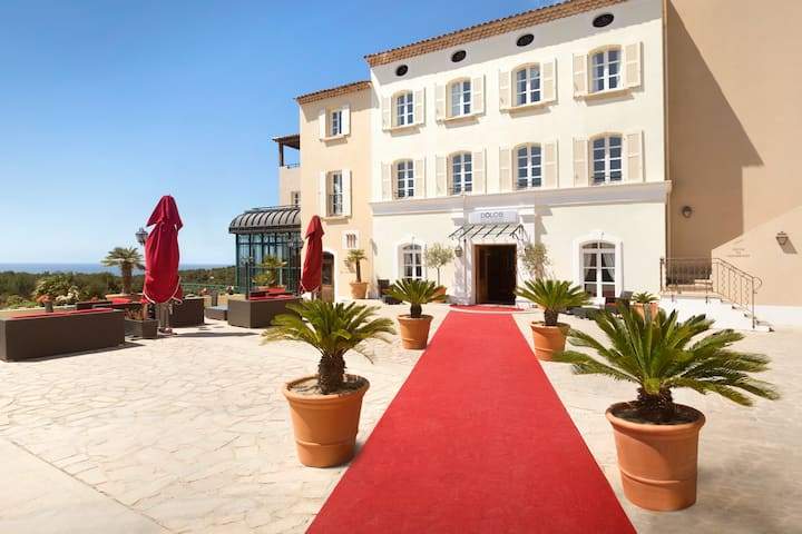 Exterior of Dolce by Wyndham Fregate Provence hotel in Saint Cyr Sur Mer, Other than US/Canada